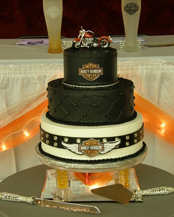 motorbike wedding cake harley davidson wedding cakes arabia weddings 17597