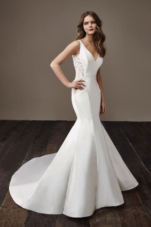 6 Elegant Mermaid Wedding Dresses For 2018 - Arabia Weddings