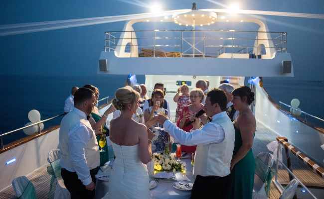 Yacht Rental For Parties And Weddings In Dubai Arabia Weddings