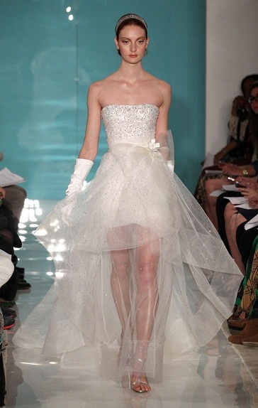 The latest wedding dress trends for spring 2013 arabia for Current wedding dress trends