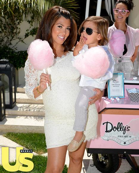 kim kardashian and kanye west at kourtney kardashian 39 s baby shower