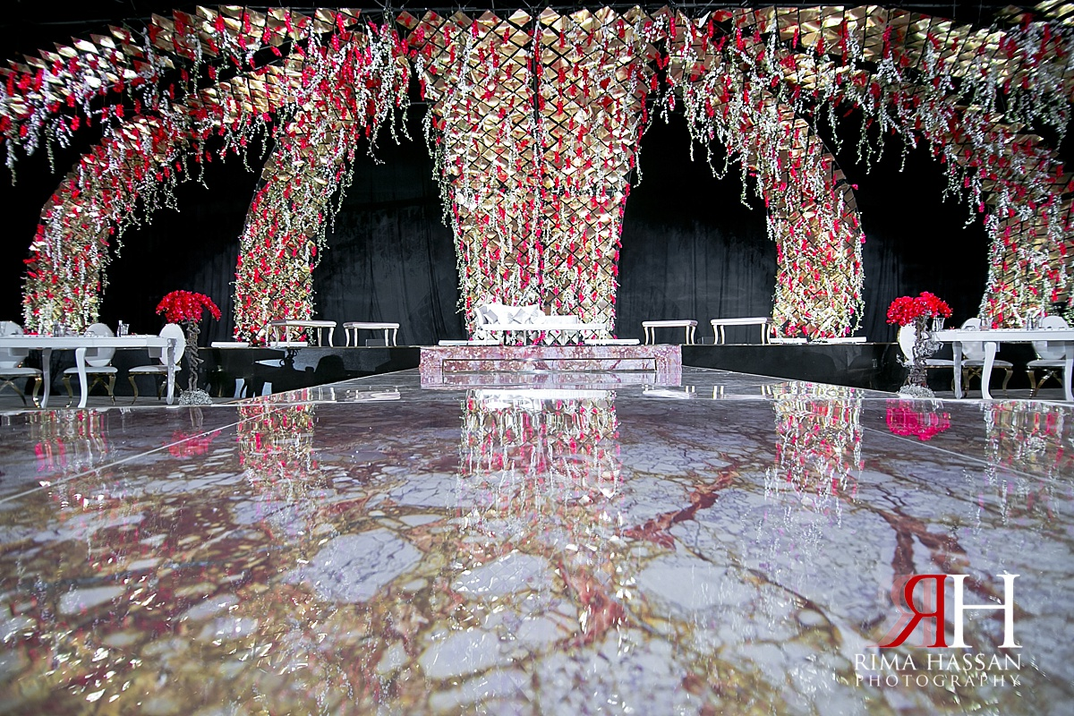 trade_center_royal_wedding_female_photographer_dubai_uae_rima_hassan_stage_kosha_decoration_forever_events.jpg