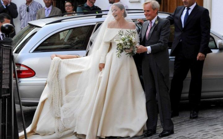 Lady Charlotte Wellesley Weds Billionaire Financier In