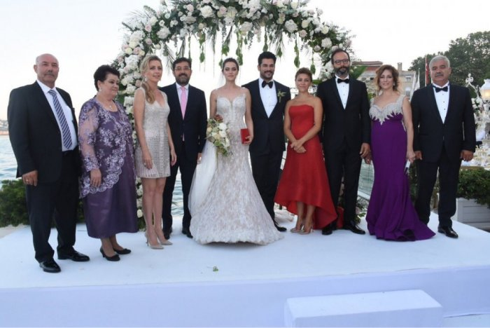 Pictures Fahriye Evcen And Burak Ozcivit Get Married