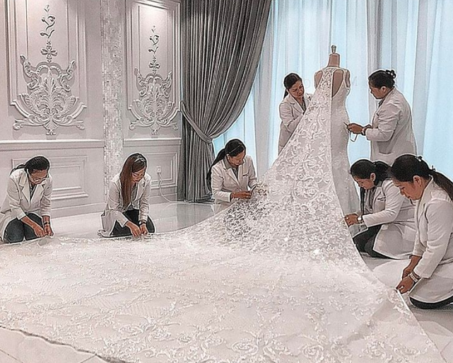 Michael Cinco Designs Most Unique Wedding Dress During His Career ...