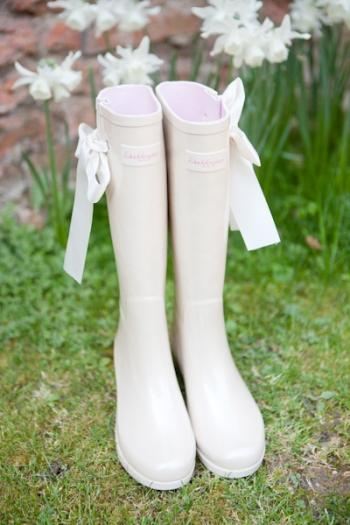 bridal_rainboots
