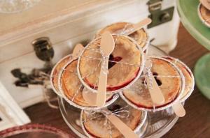 pies_wedding_favors