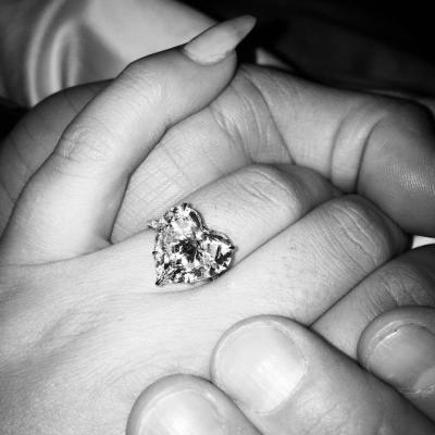 lady_gagas_engagement_ring