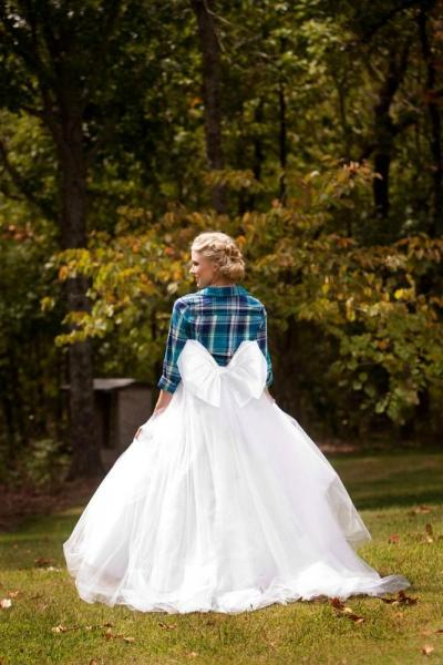 shirt_and_bridal_skirt_1
