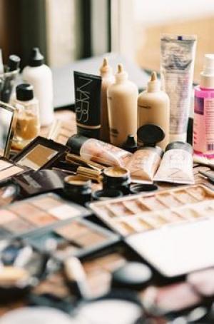 makeup_items