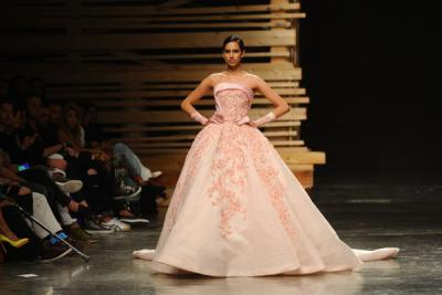 ezra_collection_fashion_forward_dubai_