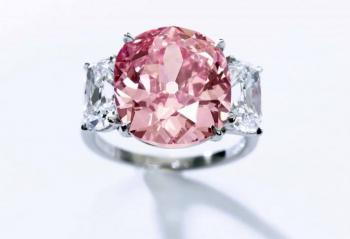 pink_diamond_ring