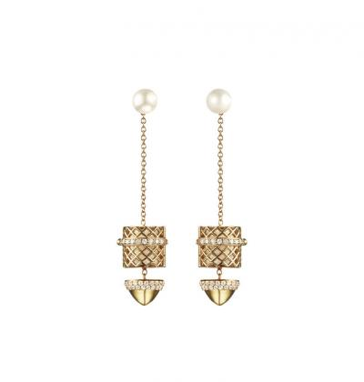 paige_novick_for_kilian_scented_jewelry