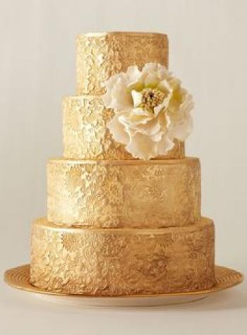 gold_wedding_cake_1