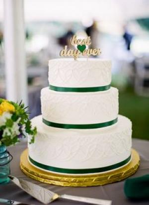 emerald_and_gold_wedding_cake