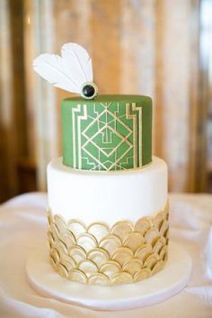emerald_and_gold_wedding_cake_1