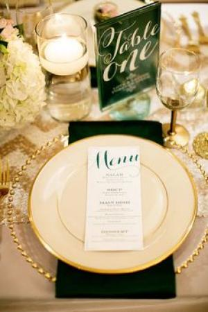emerald_and_gold_wedding_table_setting