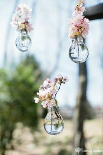 light_bulb_wedding