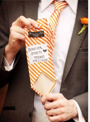 groom_tie_writings