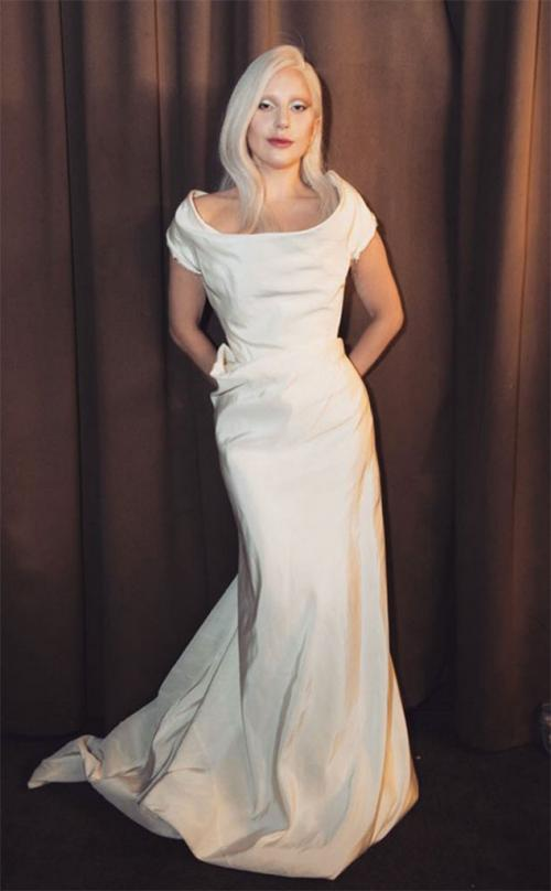 lady_gaga_wedding_dress