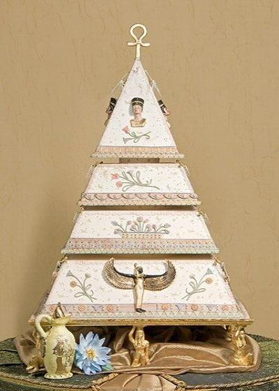 Egyptian Themed Wedding Cake