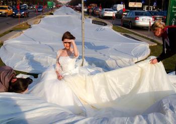 longest_wedding_train