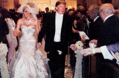 melania_knauss_wedding_dress