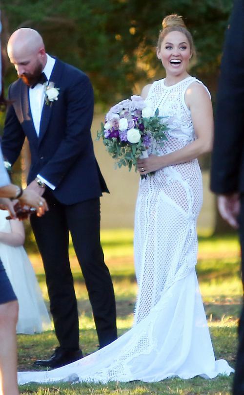 erika_wedding_dress