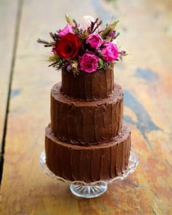 chocolate_rustic_wedding_cake