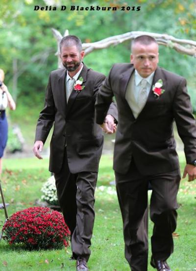 stepdad_of_the_bride_walks_with_her_dad_down_the_aisle