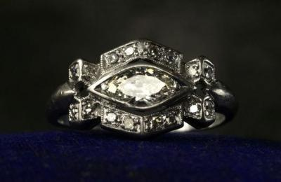 unexpected_wedding_ring_shapes_2