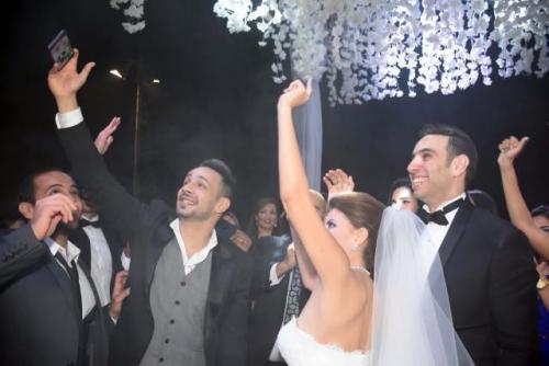 ahmad_shami_wedding_selfie_0