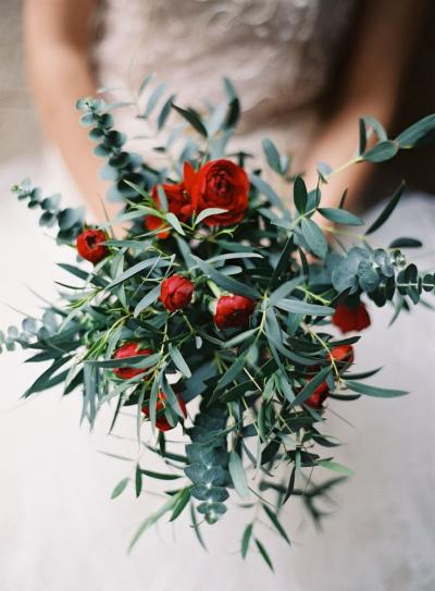 olive_green_and_red_wedding_bouquet