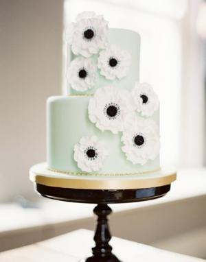 black_and_mint_wedding_cake_1