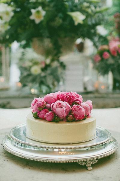 peonies_bridal_shower_cake