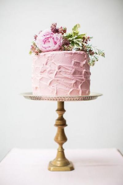 pink_bridal_shower_cake