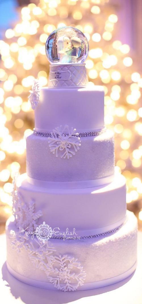 snow_globe_wedding_cake