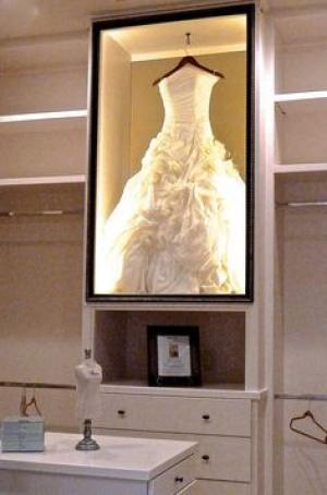 framed_wedding_dress_1