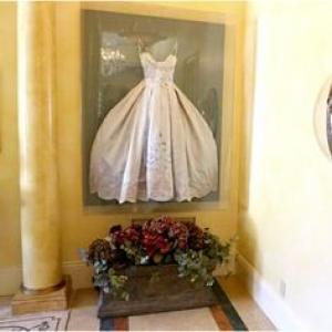 framed_wedding_dress_