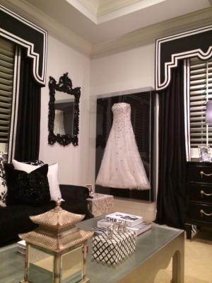 framed_wedding_dress_3