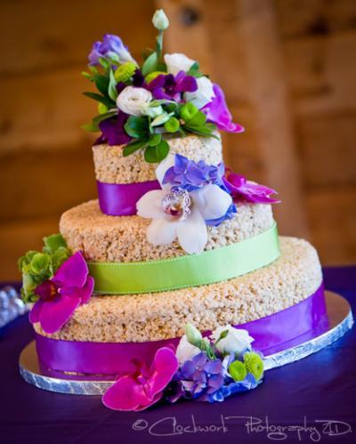rice_krispie_wedding_cake_2_0