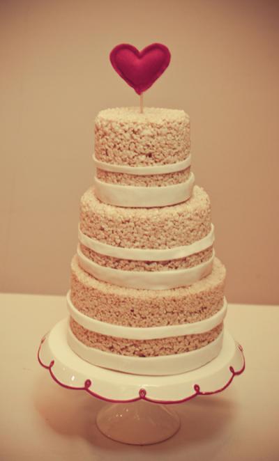 rice_krispie_wedding_cake_4_