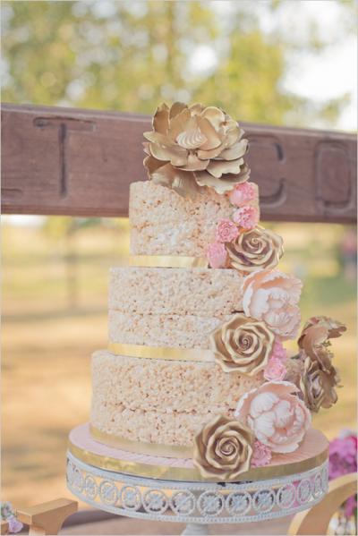 rice_krispie_wedding_cake_5_0