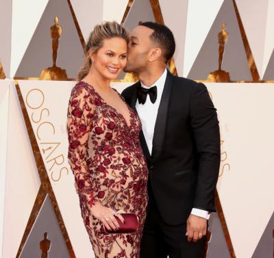 chrissy_teigen_and_john_legend
