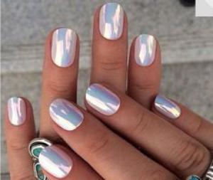 holographic_nails_3