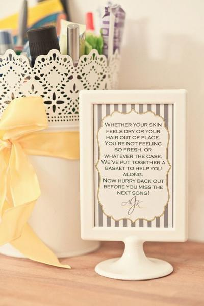 bathroom_sign_wedding_1
