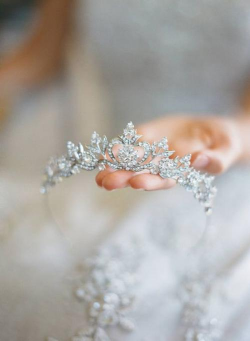 أجمل الاكسسوارات العصرية لعروس متألقة