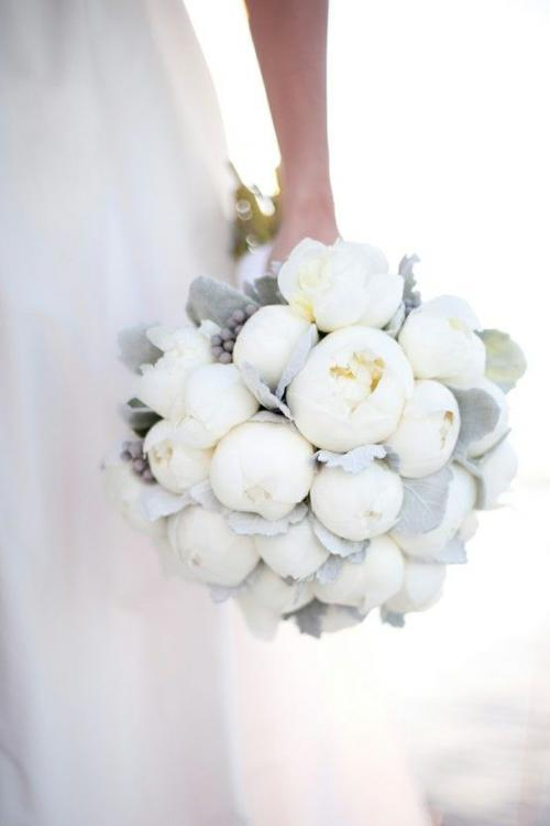 dove_grey_bouquet_1