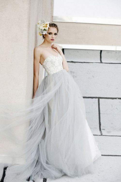 dove_grey_wedding_dress