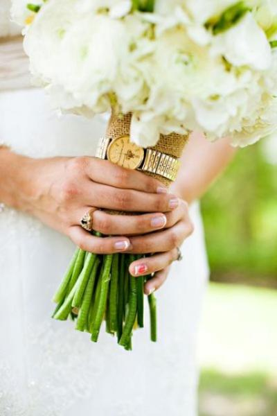 something_old_bridal_bouquet
